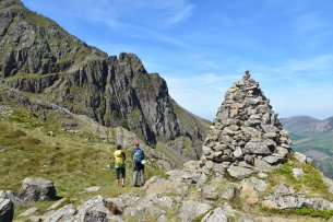 Robinson's Cairn - Photo Stephen Reid