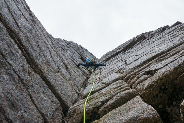 Good bridging on Savage Slit - photo Rob Lovell